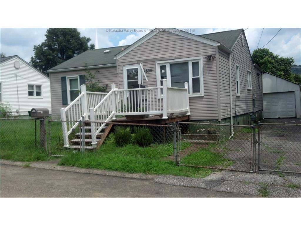 2836 Berkeley Street, Saint Albans, WV 25177