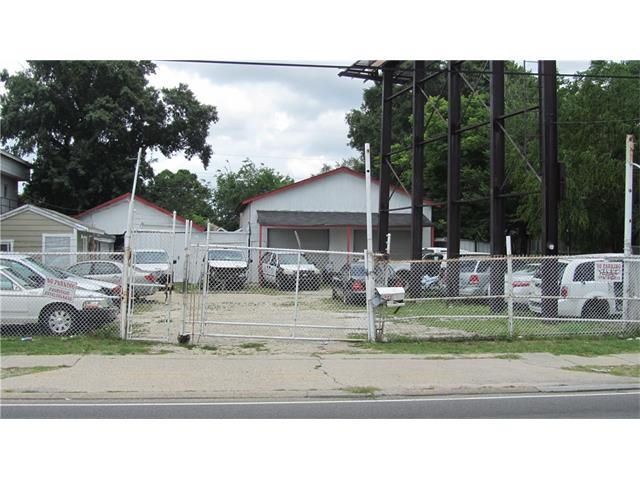 3825 AIRLINE Drive, Metairie, LA 70001