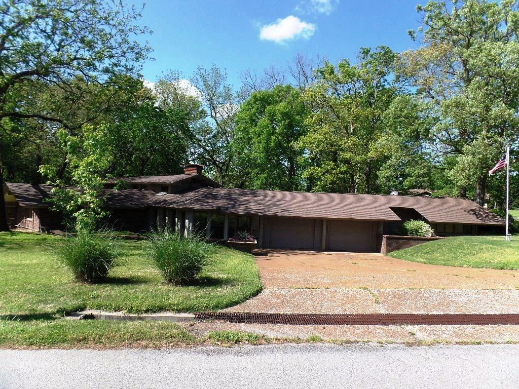 14281 Lake Forrest Heights RD, Siloam Springs, AR 72761