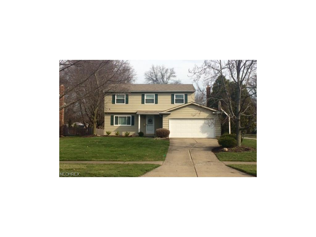25946 Byron Dr, North Olmsted, OH 44070