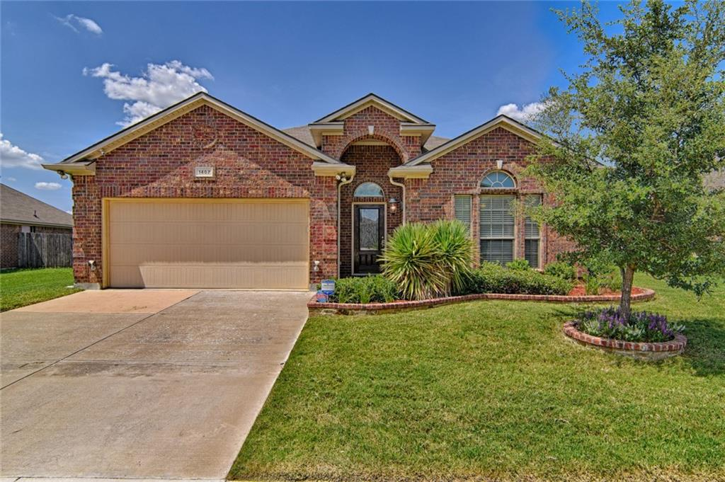 1407 Axis Deer Road, Arlington, TX 76002