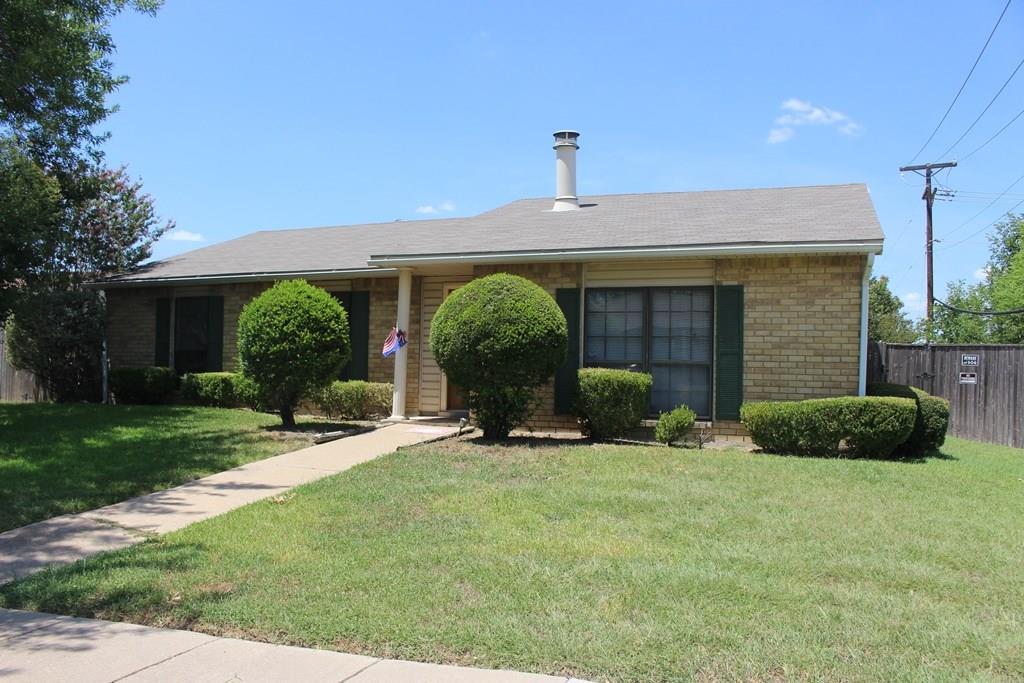 1802 Natchez Court, Grand Prairie, TX 75052