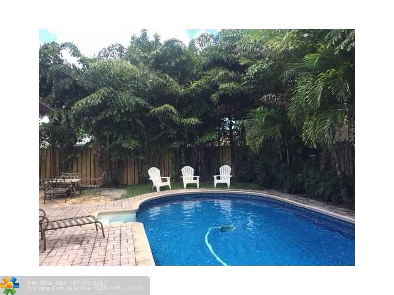 7650 SW 1st St, Margate, FL 33068