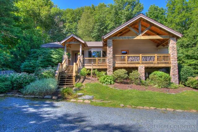 2944 Holloway Mountain Rd., Blowing Rock, NC 28605