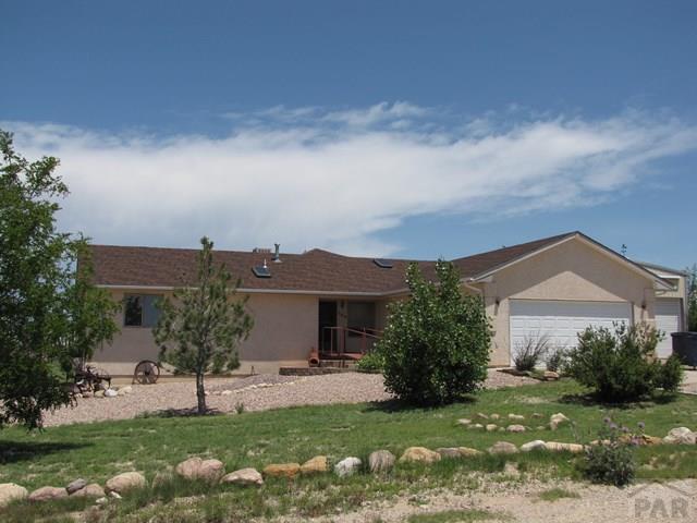 569 W Sweetwater Court, Pueblo West, CO 81007