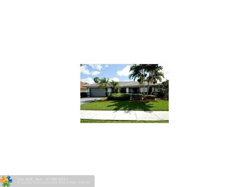1730 W Oak Knoll Cir, Davie, FL 33324