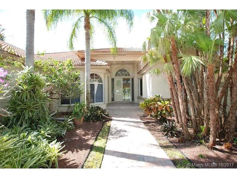 515 Coconut Cir, Weston, FL 33326