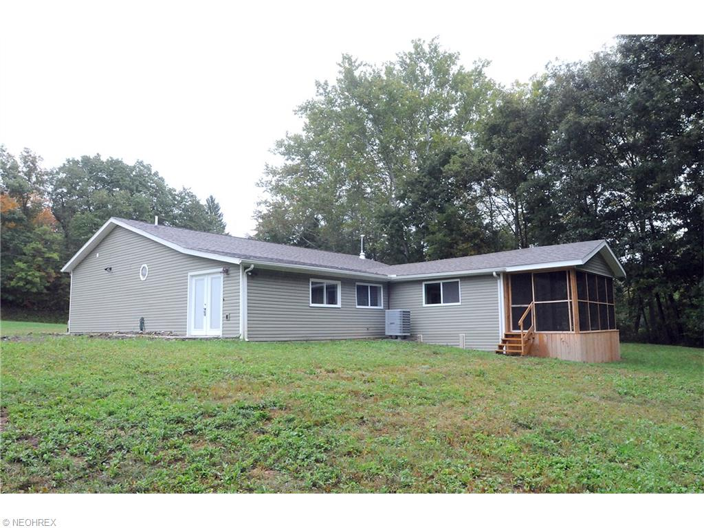 1820 Gilbert Rd, Zanesville, OH 43701