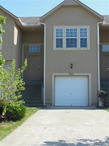 745 S Woodson Lane, Gardner, KS 66030