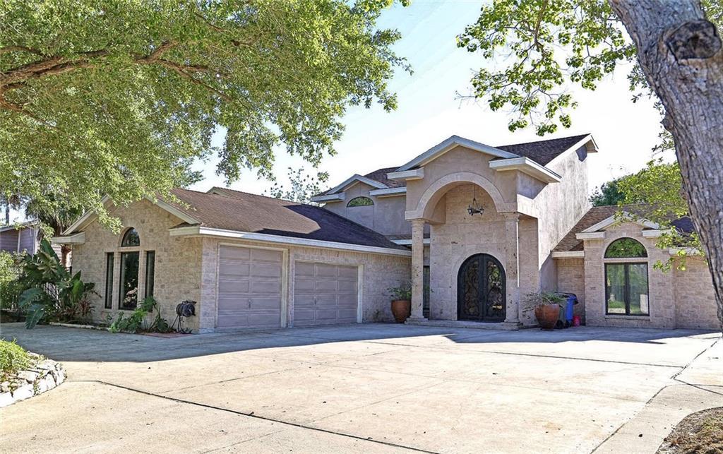 6109 Lost Creek Dr, Corpus Christi, TX 78413