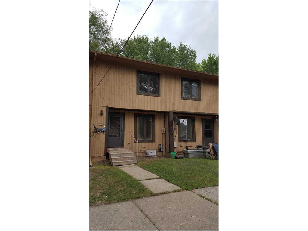 1327 E 17th Street, Des Moines, IA 50316