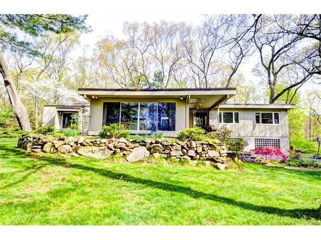 15 Steep Hollow Lane, Greenwich, CT 06807