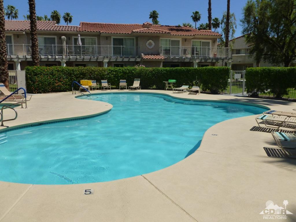 2001 E Camino Parocela H54, Palm Springs, CA 92264