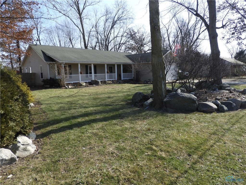 619 Favony Avenue, Holland, OH 43528