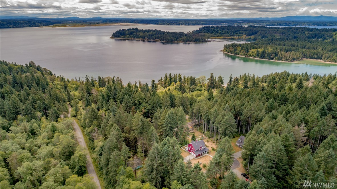 11104 120th St Ct, Anderson Island, WA 98303