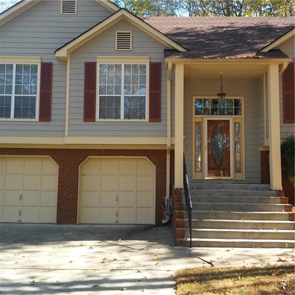 A WELL MAINTAIN HOME MOVE-IN READY THAT'S LOCATED IN A WELL ESTABLISHED COMMUNITY, RECENT ROOF, HVAC UNIT REPLACED IN 2016, THE HOME FEATURES OPEN-LIVING ROOM WITH 2 FIREPLACES; FININSHED LOWER LEVEL WITH 1 BEDROOM/OFFICE WITH ANOTHER FAMILY ROOM TO ENTERTAIN AND WORKOUT AREA. PREFECT LOCATED 10 MINUTES TO AIRPORT, 1O MINUTES TO DOWNTOWN, WALK TO MARTA, KROGER, HOME DEPOT, WAL-MART AND KAISER MEDICAL CENTER. PREFECT LOCATION AT THIS PRICE POINT. MUST VIEW INSIDE/OUTSIDE/WON'T LAST LAST LONG.