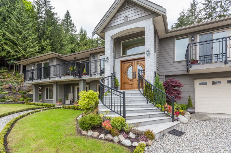 61 BONNYMUIR PLACE, West Vancouver, BC V7S 1K8