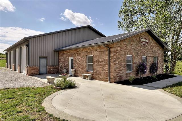 2632 N Six Mile Church Road, Independence, MO 64058