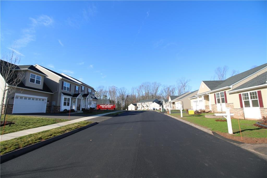 16 Woodridge Drive