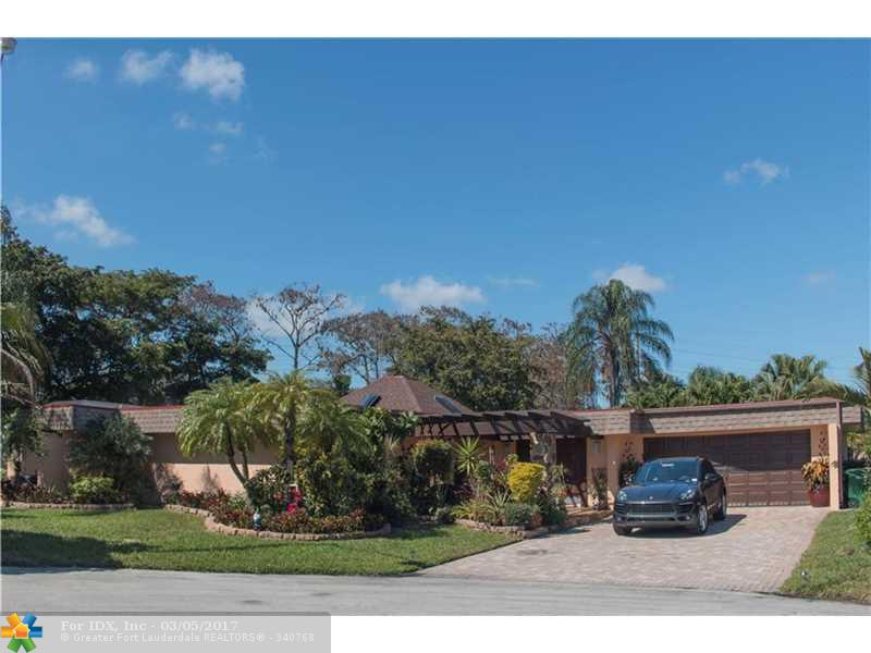 5307 Sea Grape Cir, Tamarac, FL 33319