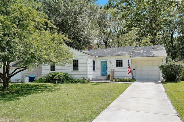 5011 W 71st Terrace, Prairie Village, KS 66208