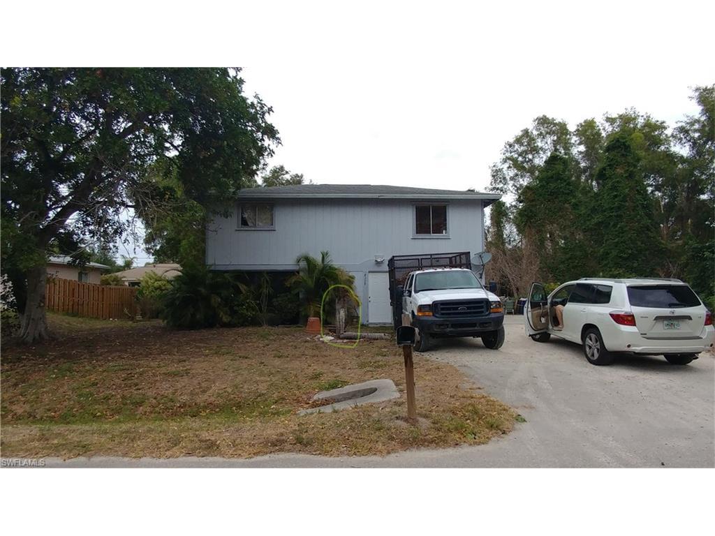 8329 Wren RD, FORT MYERS, FL 33967