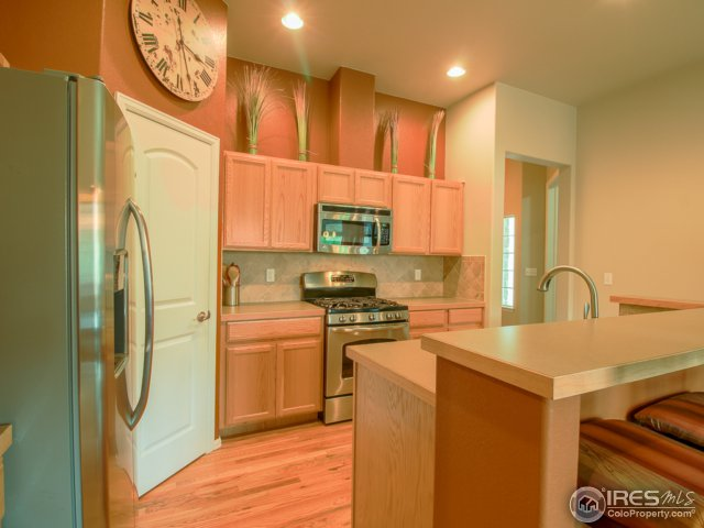 Stainless Steel Appliances with Gas Range