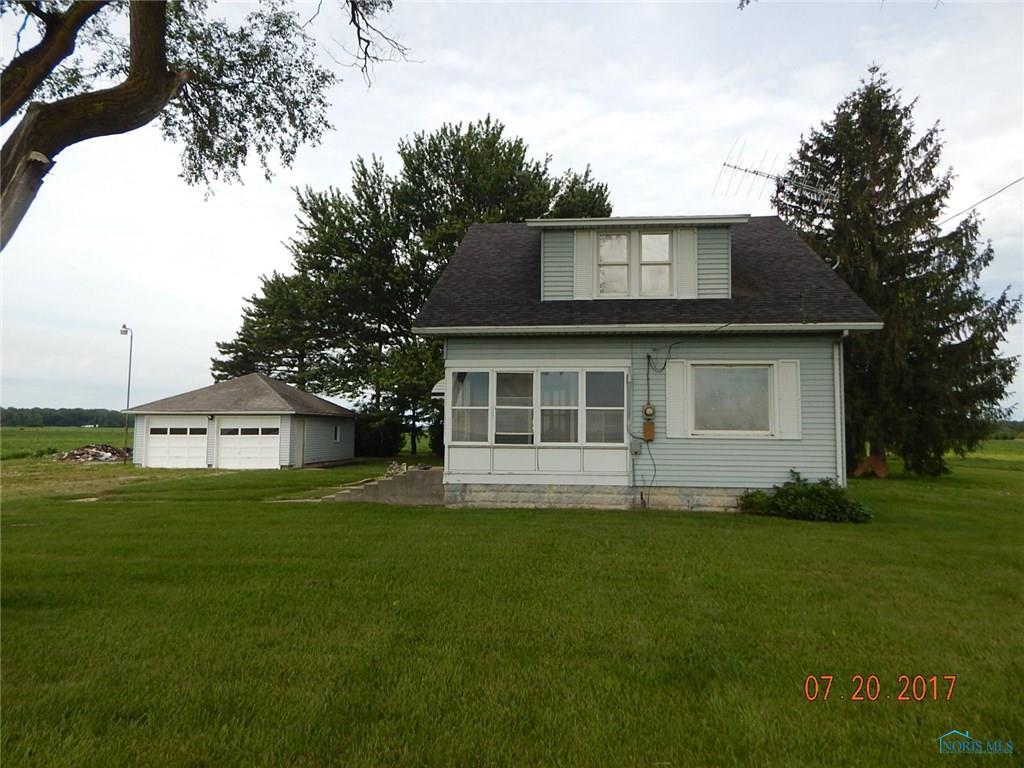 21151 Fostoria Road, Luckey, OH 43443