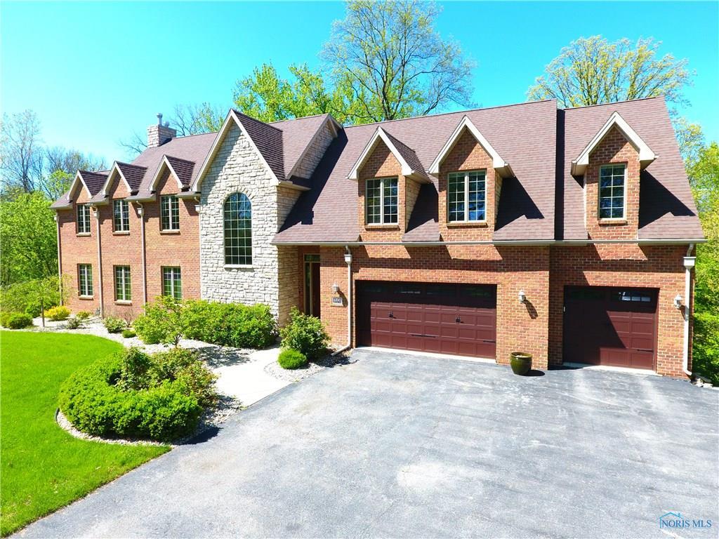 4590 Brittany Road, Ottawa Hills, OH 43615