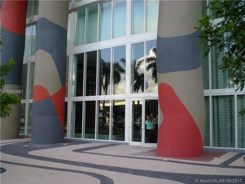 50 BISCAYNE BL 1611, Miami, FL 33132