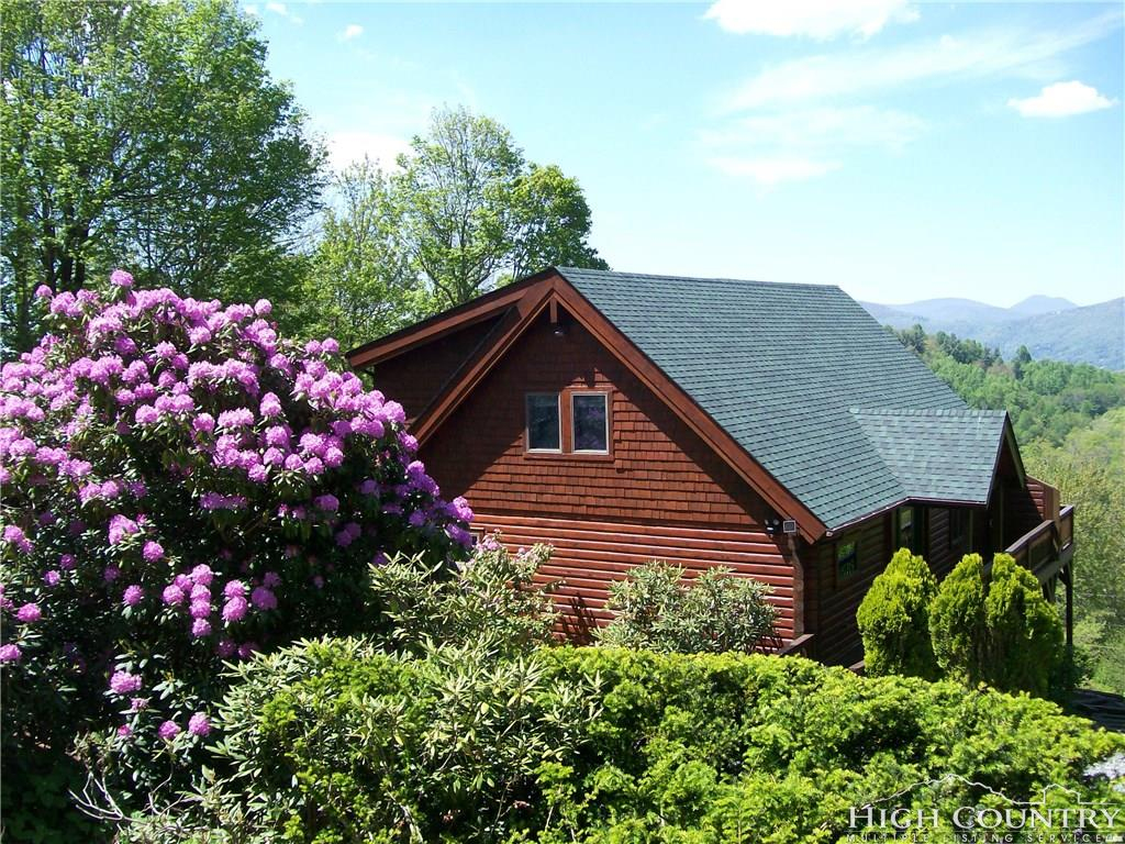 176 Ski Acres Drive, Blowing Rock, NC 28605