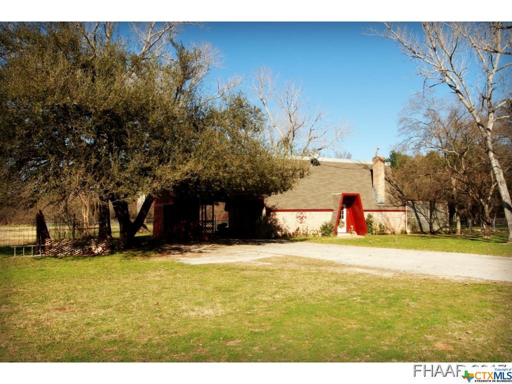 304 River Oaks Drive, Gatesville, TX 76528