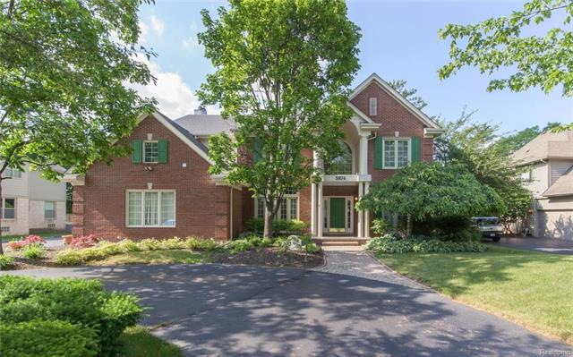 5874 Orchard Woods Drive, West Bloomfield Twp, MI 48324