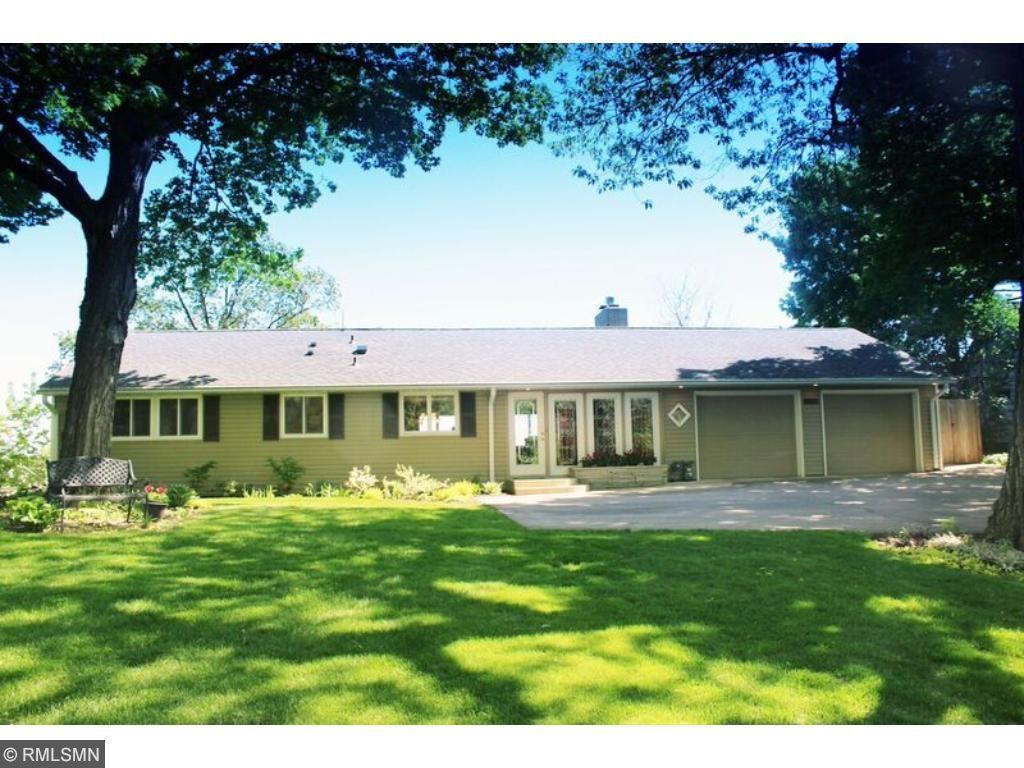 2548 Avon Drive, Mound, MN 55364