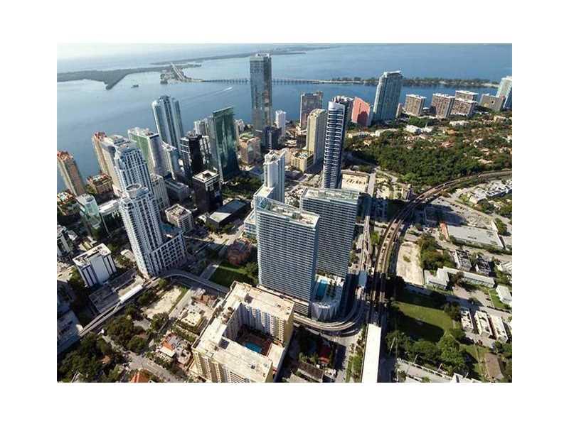 79 SW 12th St 2408-S, Miami, FL 33130
