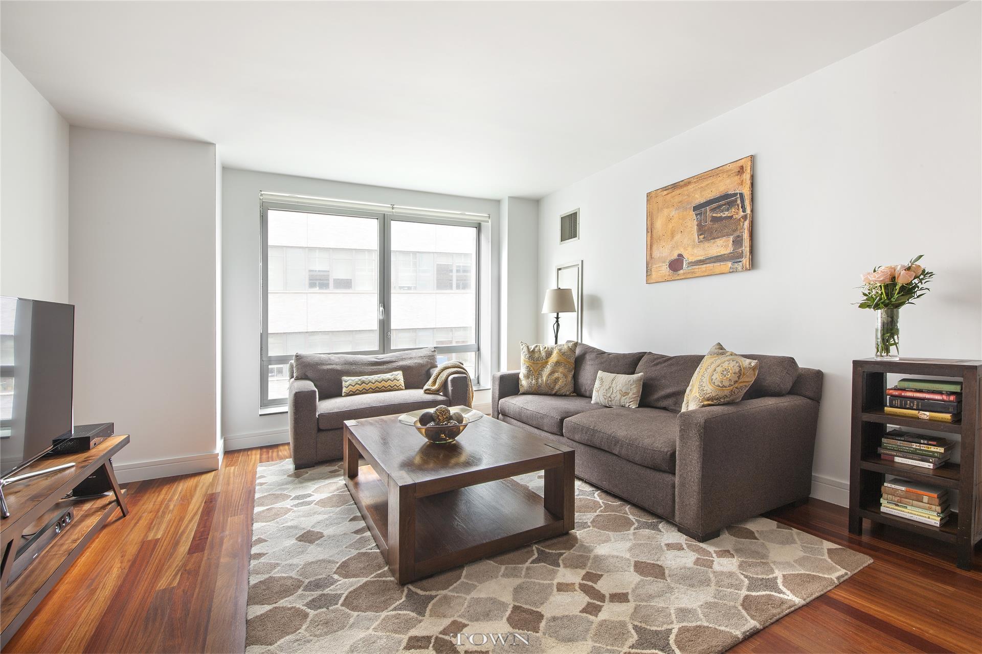 30 West St 8-G, New York, NY 10280