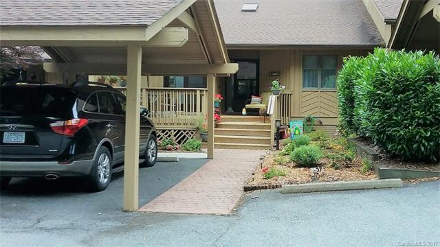 407 White Oak Drive 407, Hendersonville, NC 28791