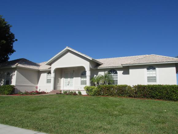 815 WILLOW, MARCO ISLAND, FL 34145