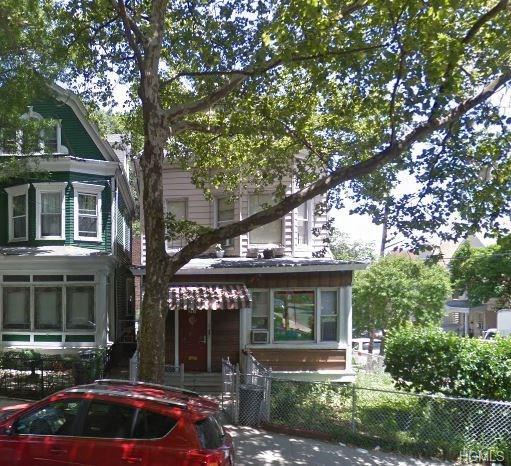 317 E 201 Street, Bronx, NY 10458