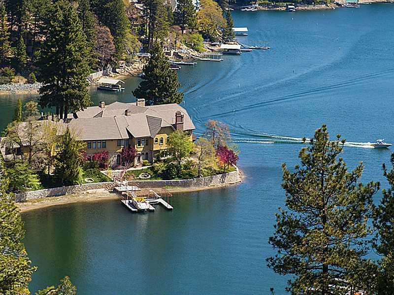 177 SHOREWOOD, Lake Arrowhead, CA 92352