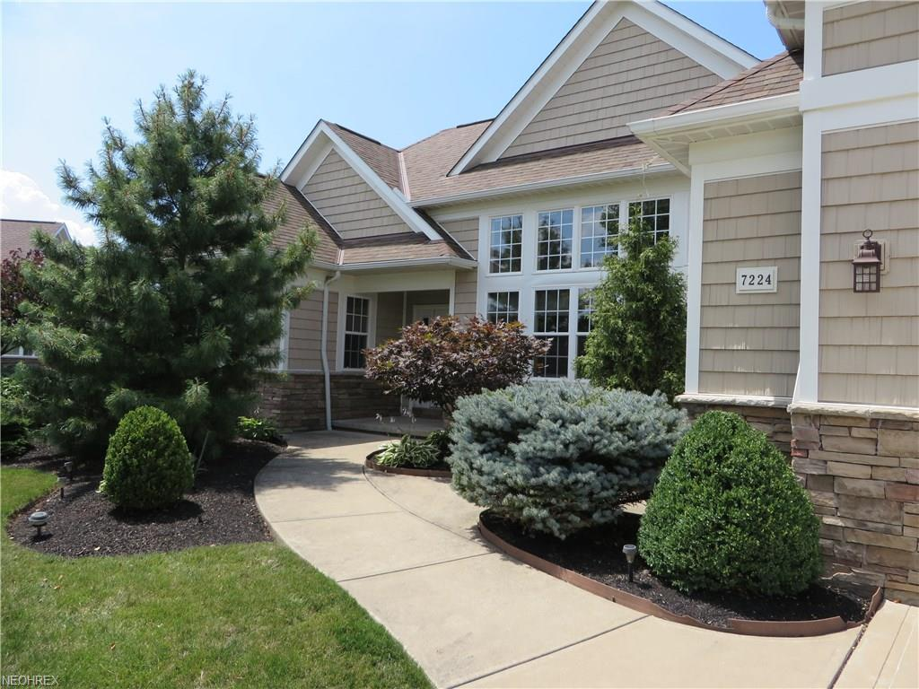 7224 Formby Dr, Solon, OH 44139