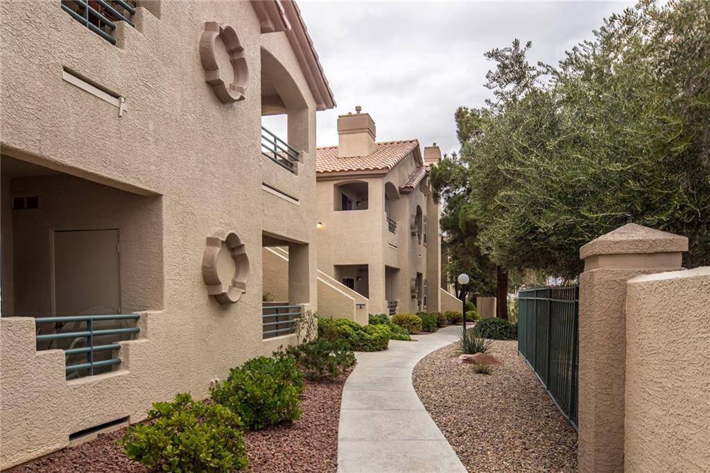 5415 W HARMON Avenue 2002, Las Vegas, NV 89103