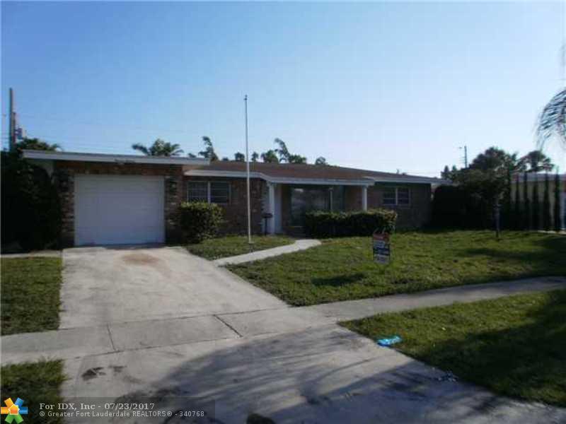 1111 SE 15th St, Deerfield Beach, FL 33441