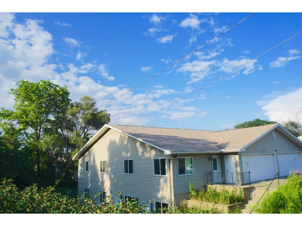 1140 Greenvale Avenue W, Northfield, MN 55057