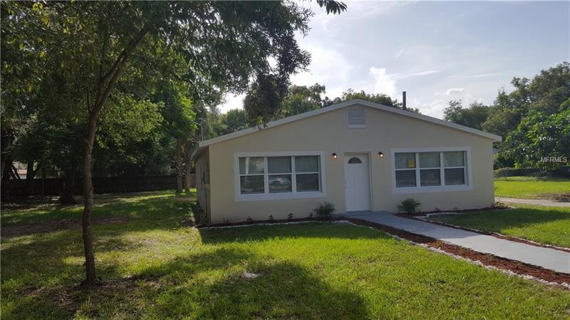 1615 N GRANDVIEW STREET, MOUNT DORA, FL 32757