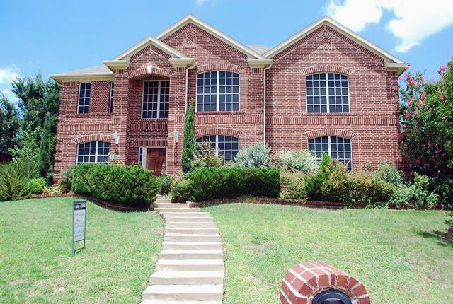 5545 Thornberry Drive, Fort Worth, TX 76137