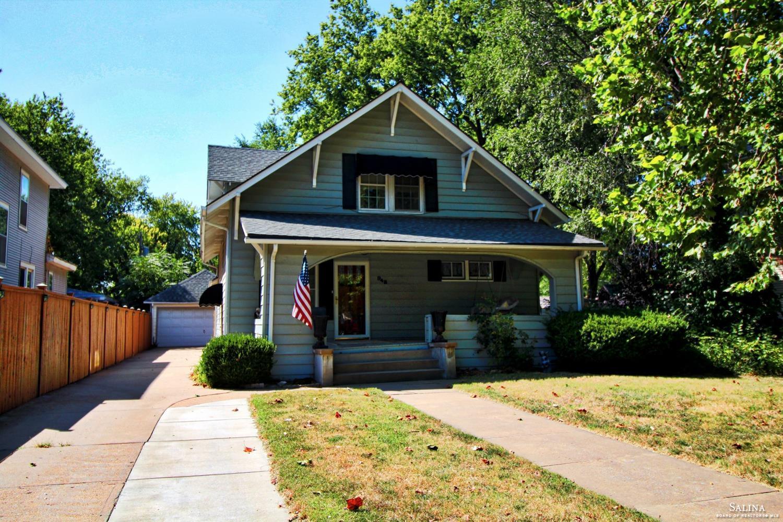 948 S Santa Fe Avenue, Salina, KS 67401