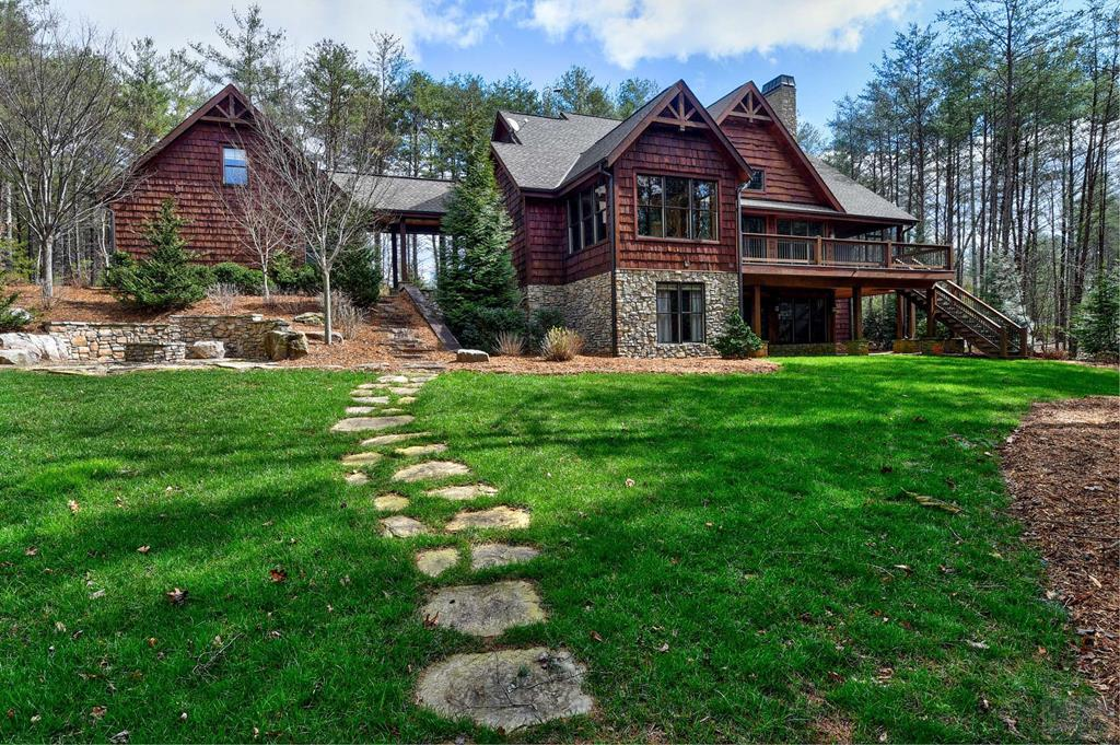282 Gobblers Neck Drive, Nebo, NC 28761