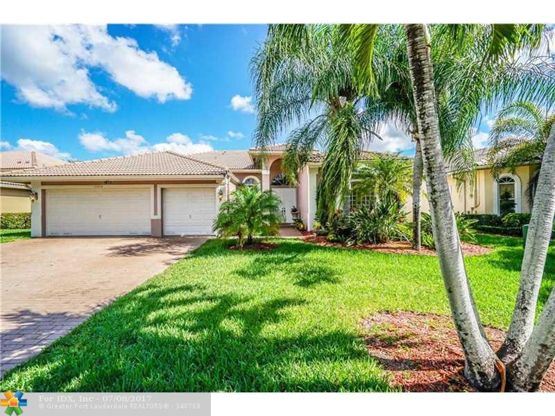 12349 NW 52nd Ct, Coral Springs, FL 33076