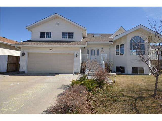 5 Chinook Crescent, Beiseker, AB T0M 0G0